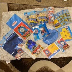 NWT Thomas and friends complete party supplies